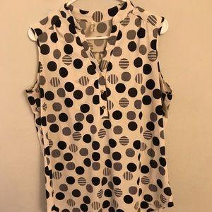 Tops - ‼️NEW‼️Women's sleeveless blouse 👚